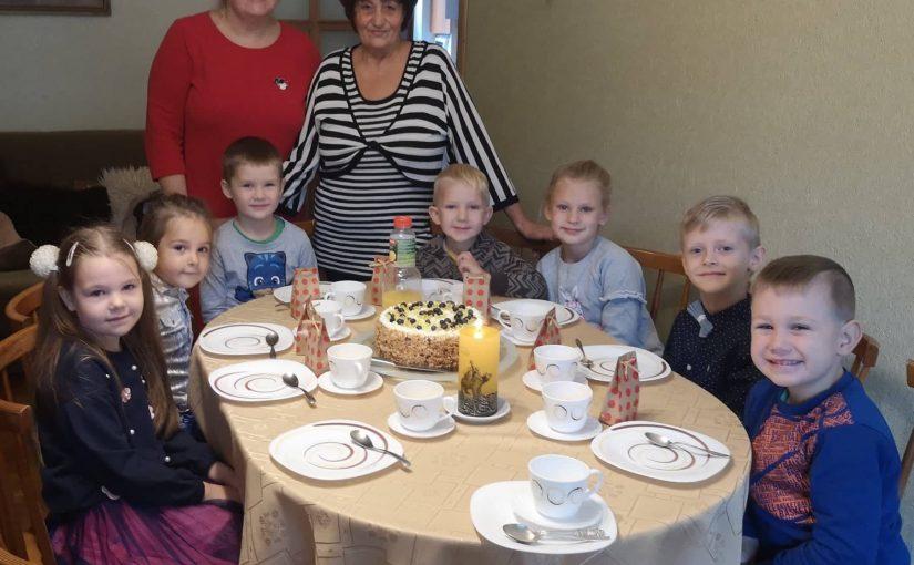 Vaikų taryba aplankė buvusią darželio-lopšelio direktorę