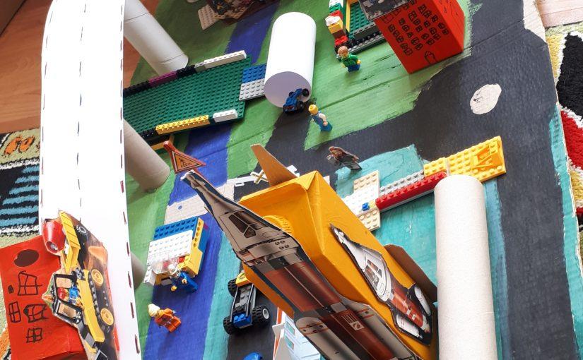 """Lego miestas"""